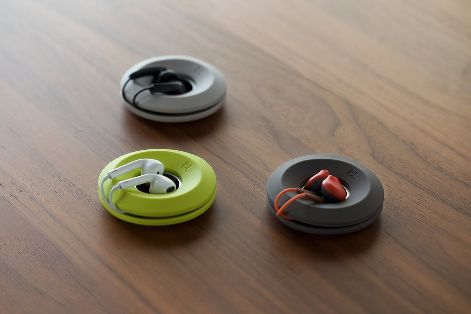 Bluelounge Cableyoyo - Earbud Cable Management - Dark Grey, CY10-DGR