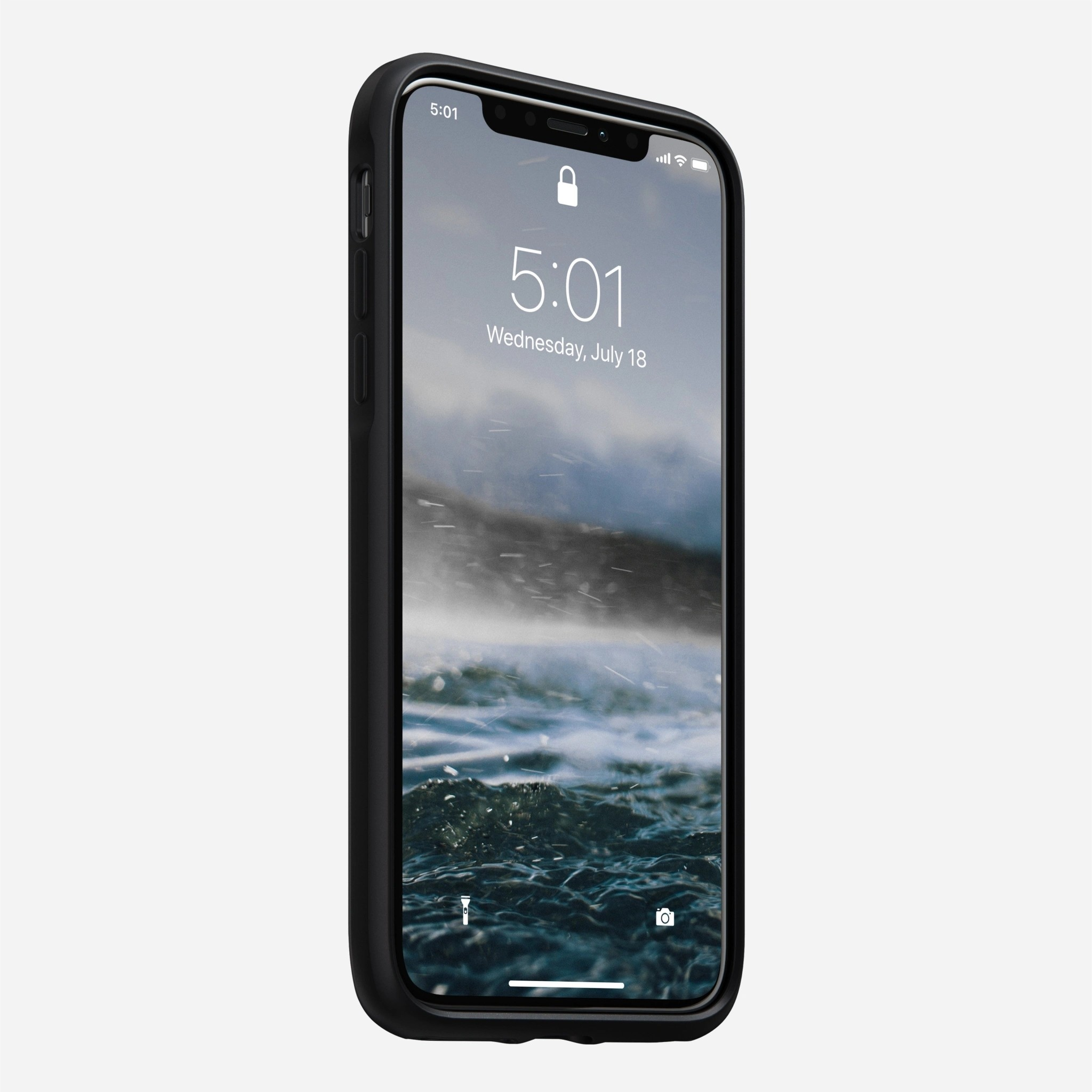 Nomad - Rugged Case with Moment Lens mount - iPhone 11 - Black, NM21X10060