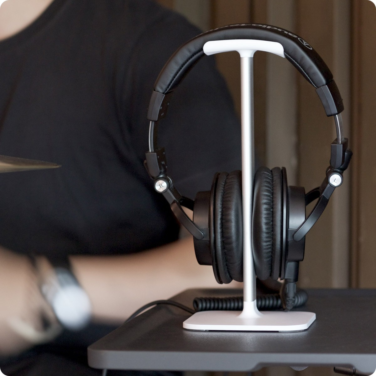 **DISCONTINUED** Bluelounge Posto Universal Headphone Stand - White, BL-PO-WH